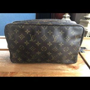 Louis Vuitton Pouch 28 cosmetics case
